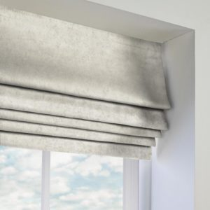 crushed-velvet-white-roman blind-closeup